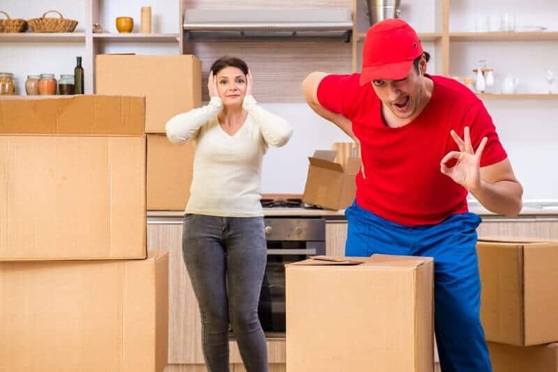 How Do I Choose a Long-Distance Moving Company?